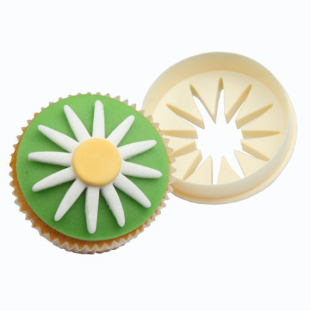 FMM Double Sided Cupcake Cutter Daisy Circle